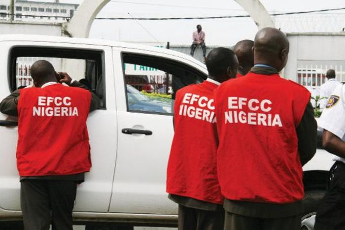 EFCC Arrests Eight For Alleged Illegal Broadcast Of DSTV Airing Right
