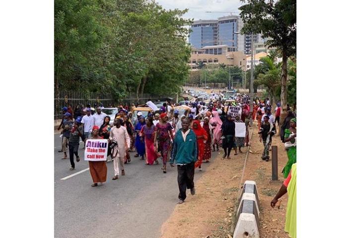 Two million women storm Abuja, beg Atiku to concededefeat