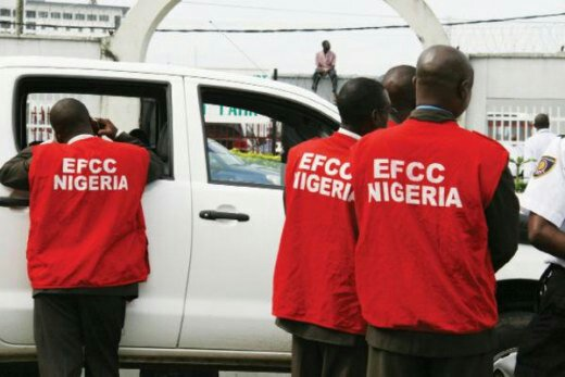 Many Arrested And Injured As EFCC Storms Club 360 Last Night In Ibadan, Oyo State (Watch Video)